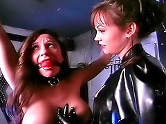 Mistress whips titty slave in bondage